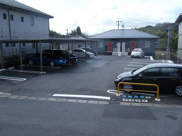 中津川市の空き家・空き地の有効利用。不動産と駐車場でお困りの方へ。ほった不動産管理サポートがお届けする中津川駅周辺の第5駐車場の情報はこちらです。