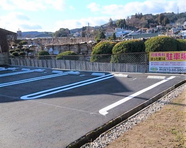 中津川市の空き家・空き地の有効利用。不動産と駐車場でお困りの方へ。ほった不動産管理サポートがお届けする中津川駅周辺の第14駐車場の情報はこちらです。